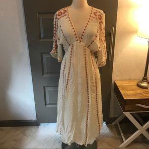 En Creme Anthropologie Boho Embroidered Dress